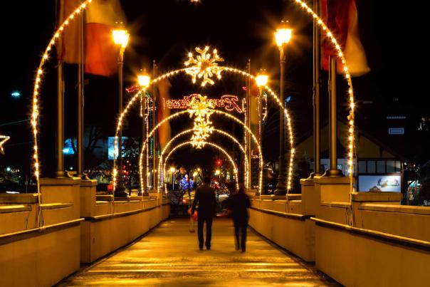 Holiday Lights at Frankenmuth River Place Shops
