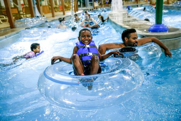 Zehnder's Splash Village Hotel & Waterpark - Boy Tubing