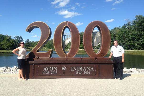Avon 200 sculpture with Sarah Ferguson & Josh Duke