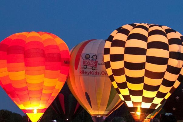 Hot Air Balloons at the Rib Fest & Balloon Glow