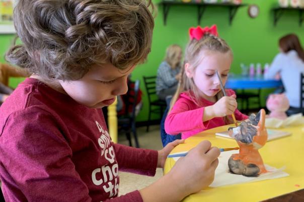 uPaint Pottery Studio children painting