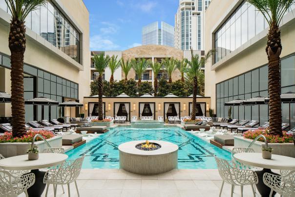 Post Oak Hotel Pool