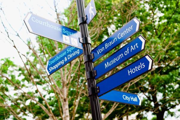 Huntsville wayfinding signs