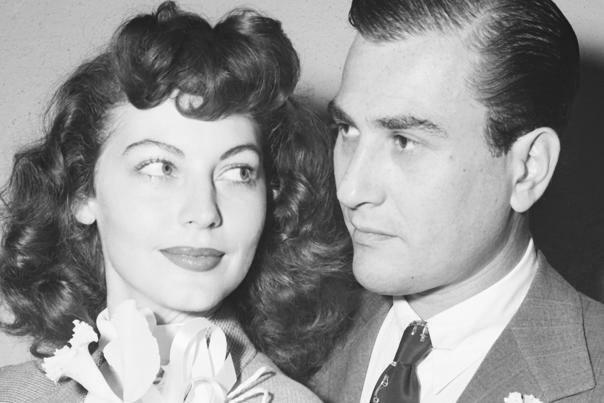 Ava Gardner Marries Artie Shaw, husband number 2.