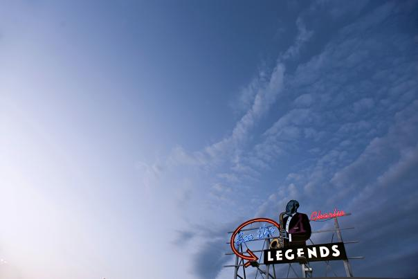 Legends Outlets