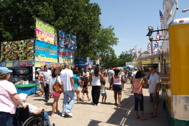 Smoky Hill River Fest food court1