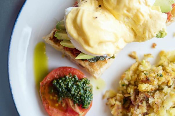 Sunny's Modern Diner: Eggs Benny