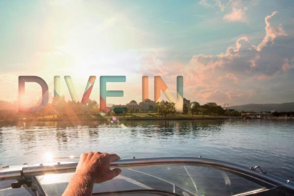 Dive In, Boat