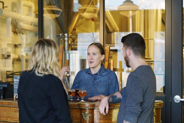 Tasting Bar Service - BNA