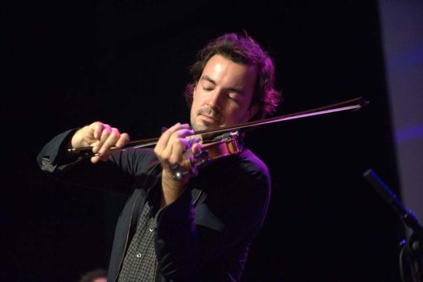 Joel Savoy Playing Fiddle