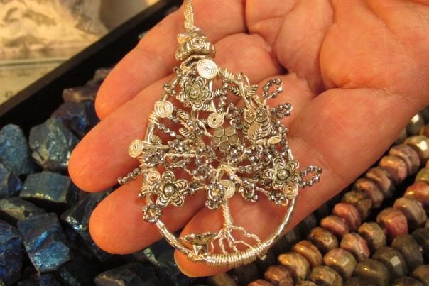 Yayi Beads, Gems, and Gallery Pendant