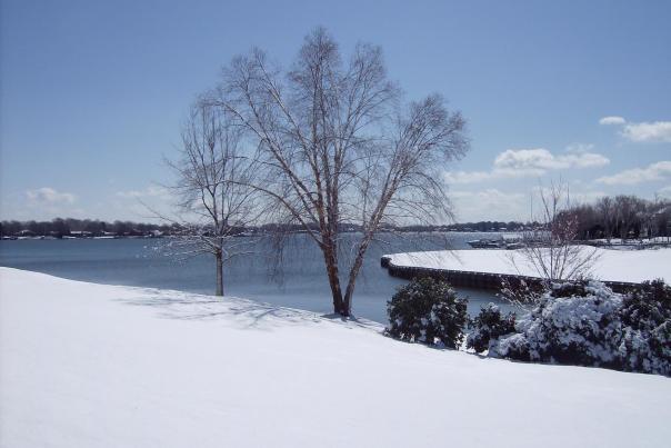 Peninsula Yacht Snow