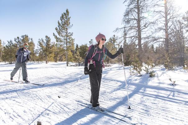 cross-country-skiing-laramie-wyoming