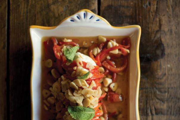 Pimientos Asados Con Ajo (Red Peppers with Garlic)