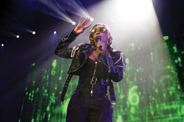Mary J Blige performs at Isleta Amphitheatre