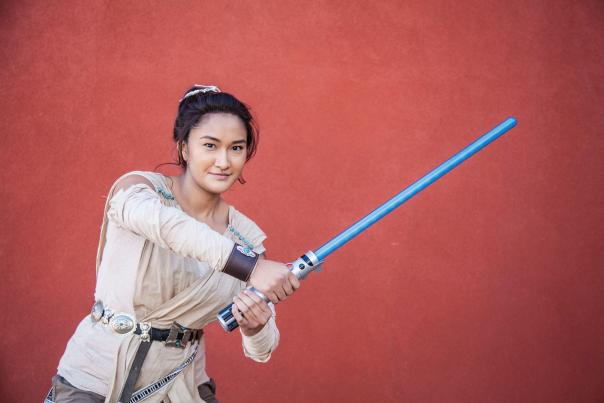 Dezbah Evans cosplaying as Rey at the Indigenous Comic Con