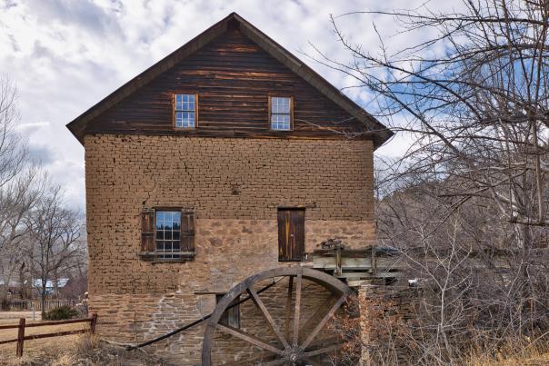 Mora Valley, Cleveland Roller Mill