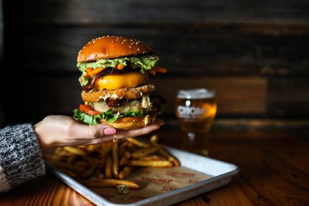 Chomp Burger Bender 2019