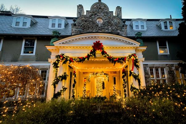 Night Lights Blithewold Mansion Christmas