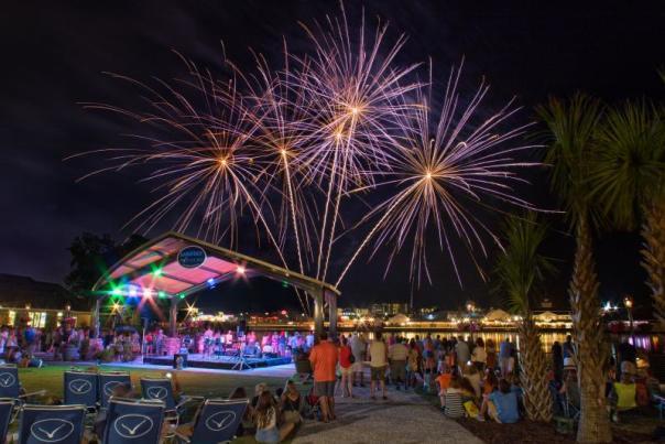 Bfl fireworks 2019 1 fin1