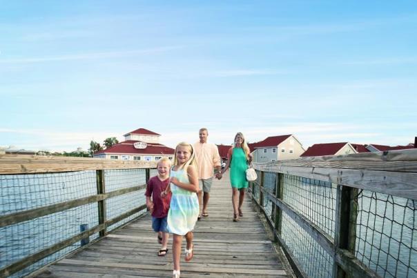 Family barefoot boardwalk 00 10 11 still001 f