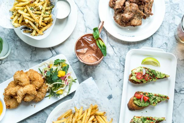 Earls Kitchen + Bar share table