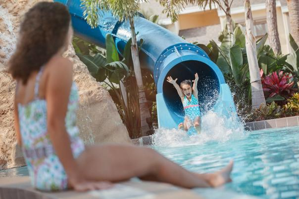 Sheraton Vistana Resort Villas waterslide