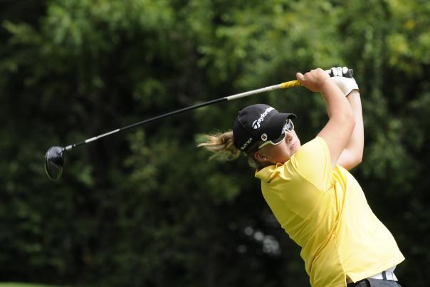 Golfing_Woman