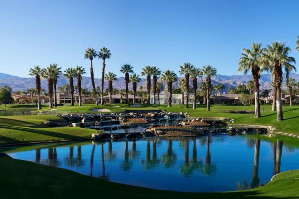 Signature golf hole palm springs