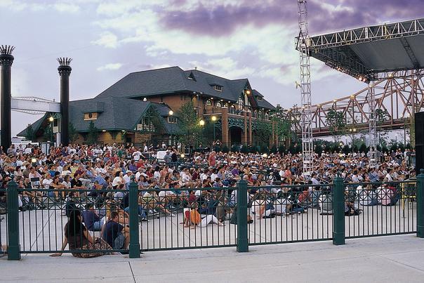 riverfront concert (1)