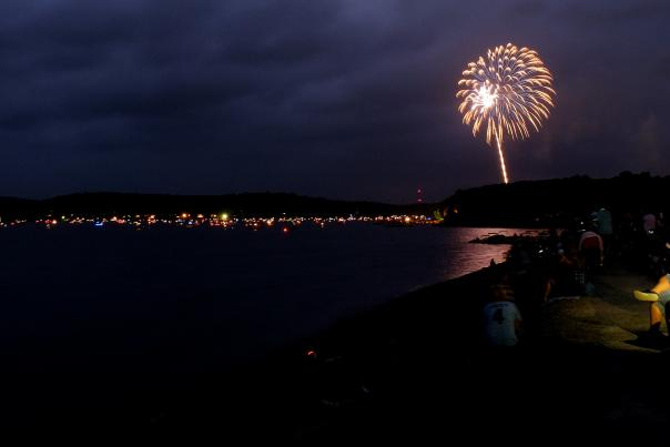 Plan Your Holiday Vacation to the Pocono Mountains