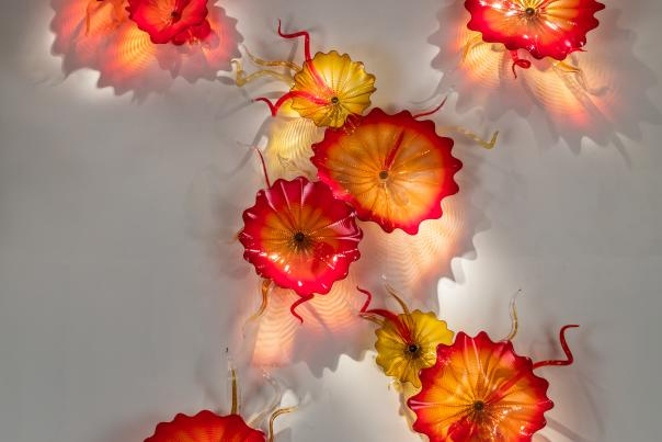 Photo of glasswork by artist Dale Chihuly