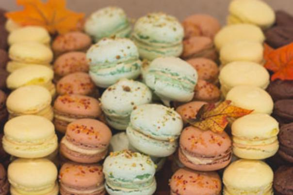 Books & Desserts