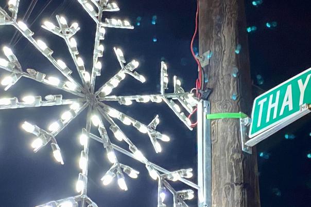 Thayer Street snowflake light