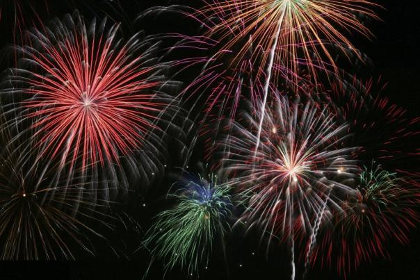 fireworks_w1024