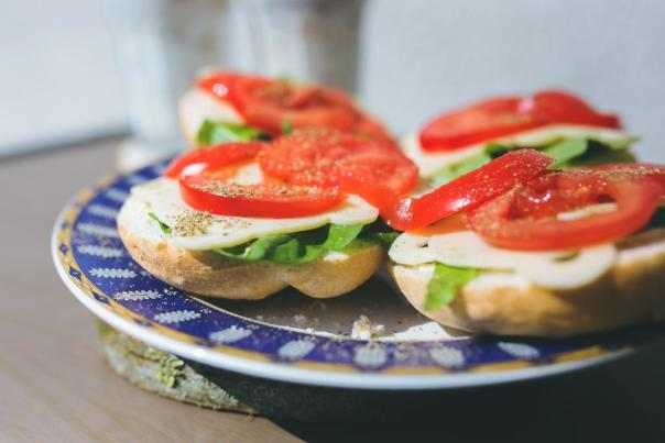 kaboompics_com_sandwiches_with_cheese__lettuce_and_tomato_on_a_plate_w1024