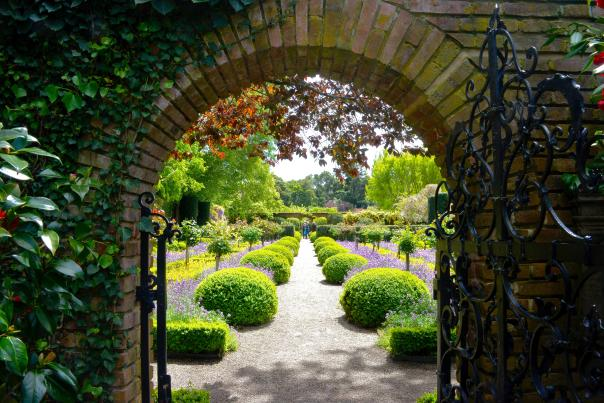 Filoli_Garden_Woodside_SanMateoCounty_SiliconValley_by_Gretchine_Wilson