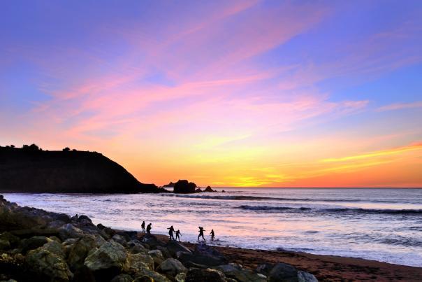 Kids_Playing_Rockaway Beach_Sunset_by_JoeNapoliello_Pacifica_SanMateoCounty_SiliconValley