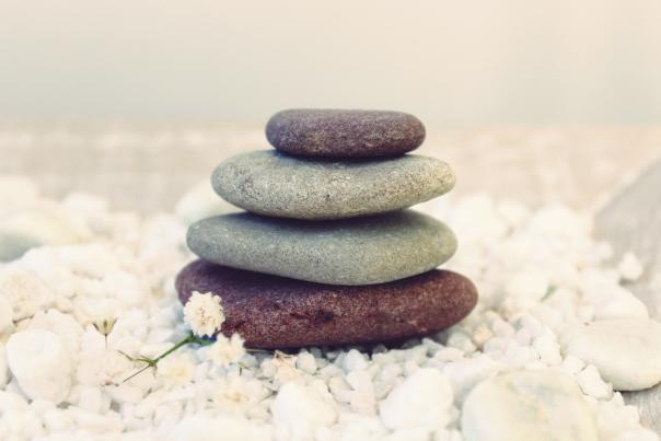 Wellness-Stones-for-Meditation