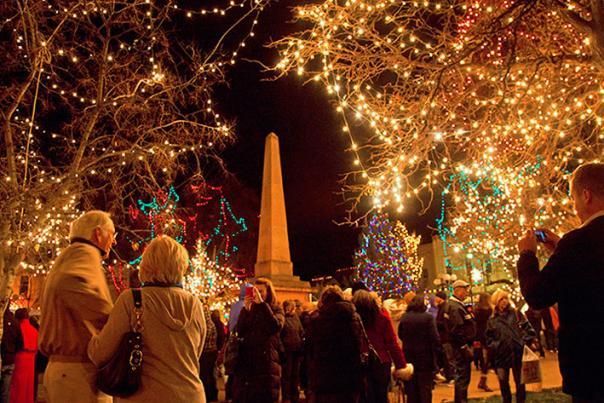 Chirstmas Tree Lighting on the Plaza