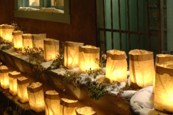 snowy-farolitos
