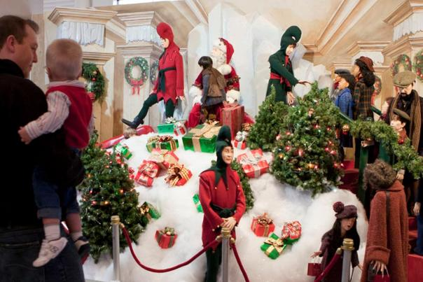 """Celebrate 10 years of """"A Christmas Story"""" Comes Home this holiday"""