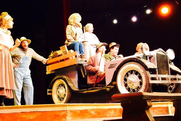 Five reasons to see The Beverly Hillbillies: The Musical