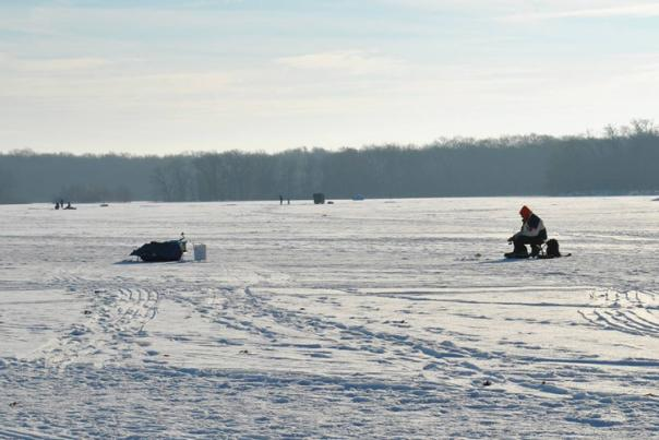 The dedicated ice fishermen of Willow Slough