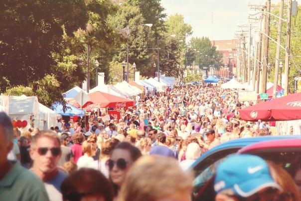 Cider Days Crowd