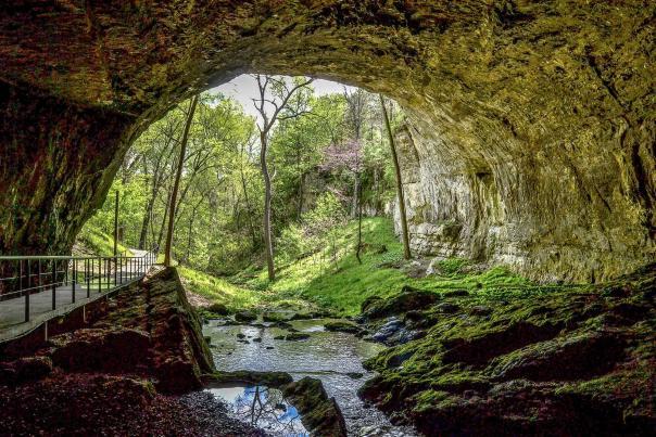Smallin Cave