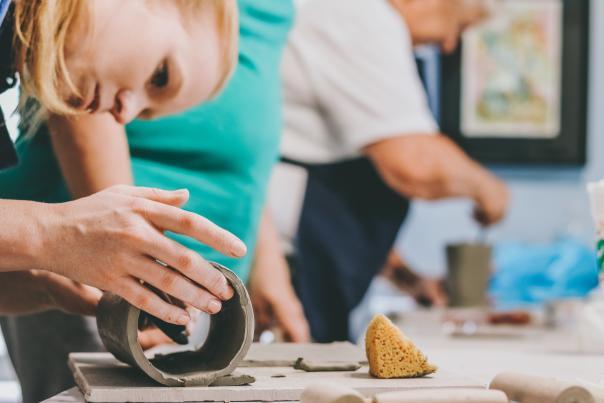 MAOM raku pottery