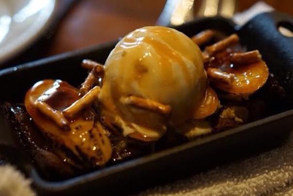Simmzy's Brownie