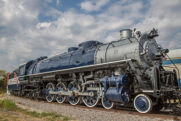 Museum of the American Railroad-Frisco-Trains-H