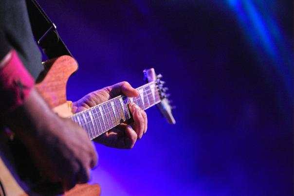 Mohawk-Austin-Guitar-H